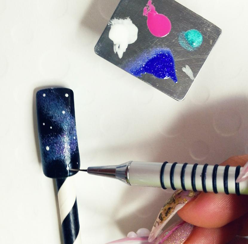 Nail Art Tutorial: Edgy Galaxy Nails