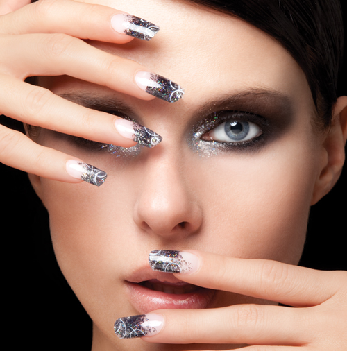 Nail Art Tutorial: Smoky Glitter Nails