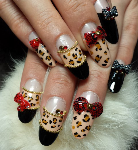 Nail Art Tutorial: Leopard Print French Manicure