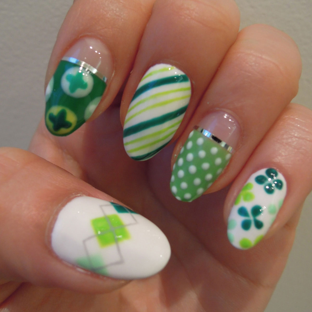 Nail Art Tutorial: Mismatched St. Patty\'s Mani
