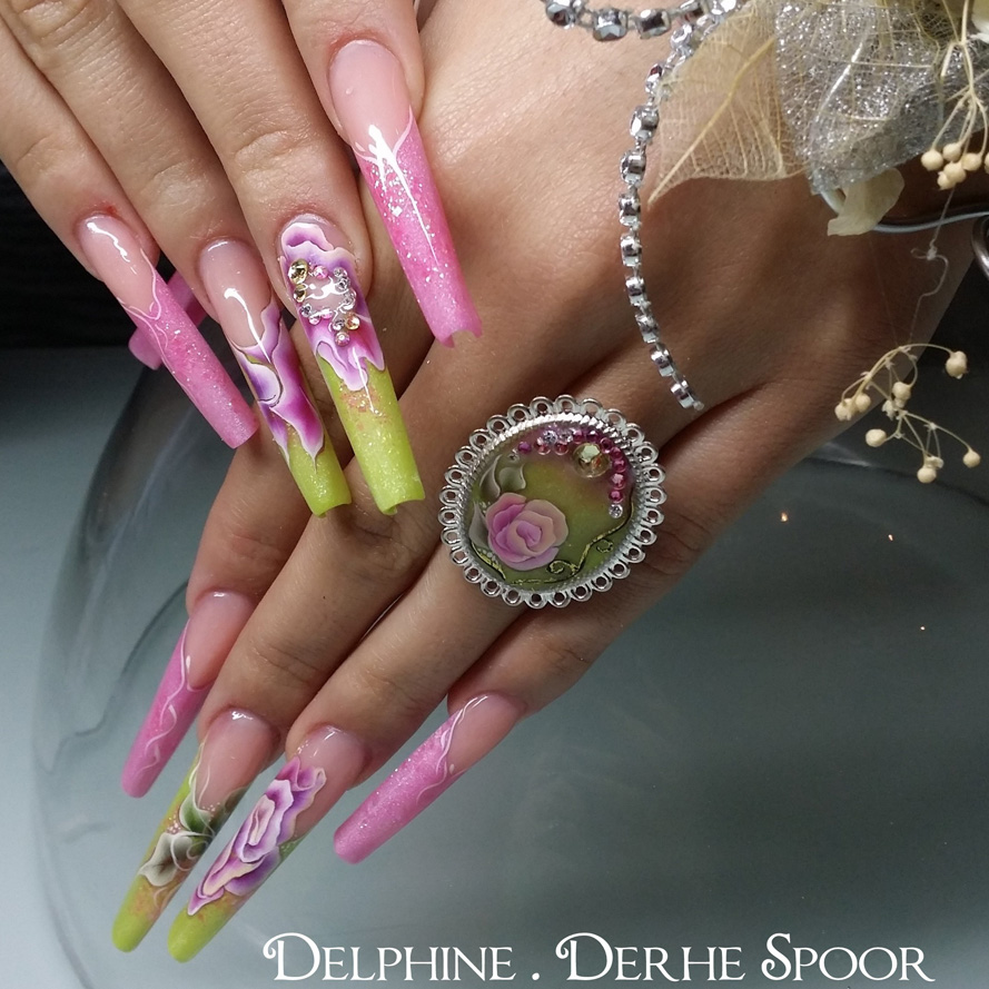 Nail Art Tutorial: One Stroke Flower Nails