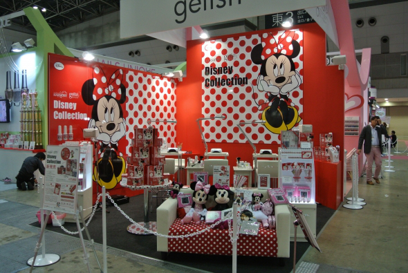 Nail News: Gelish Launches Limited Edition Disney and Peanuts Collections in Japan