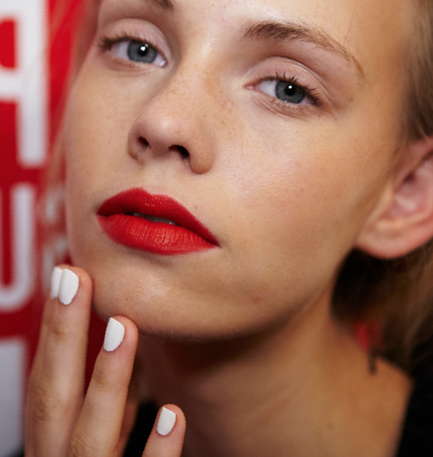 NYFW Nails S/S 2014: Bright White Nails at Nanette Lepore