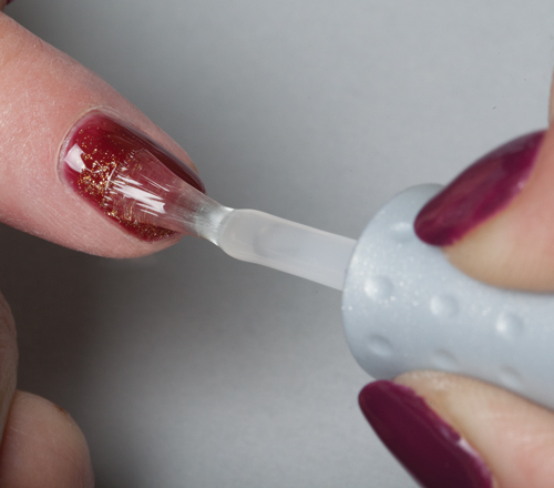 Nail Art Tutorial: Sponging With Gel Polish