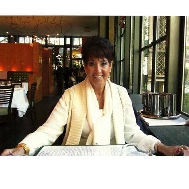 Tina Panariello: Nail Tech Turned Author