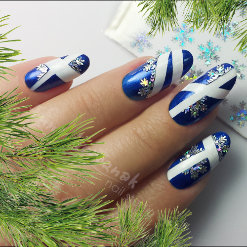 Nail Art How To: Striped Snowflake Nails
