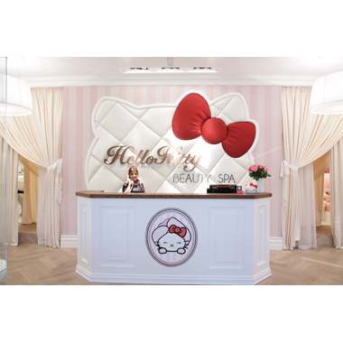Savvy Salon: Hello Kitty Beauty Spa