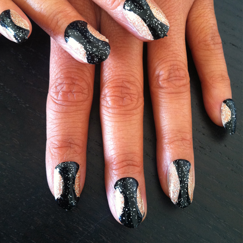 Nail Trends: Hourglass Nails