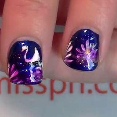WATCH! Lotus Flower and Swan Nails