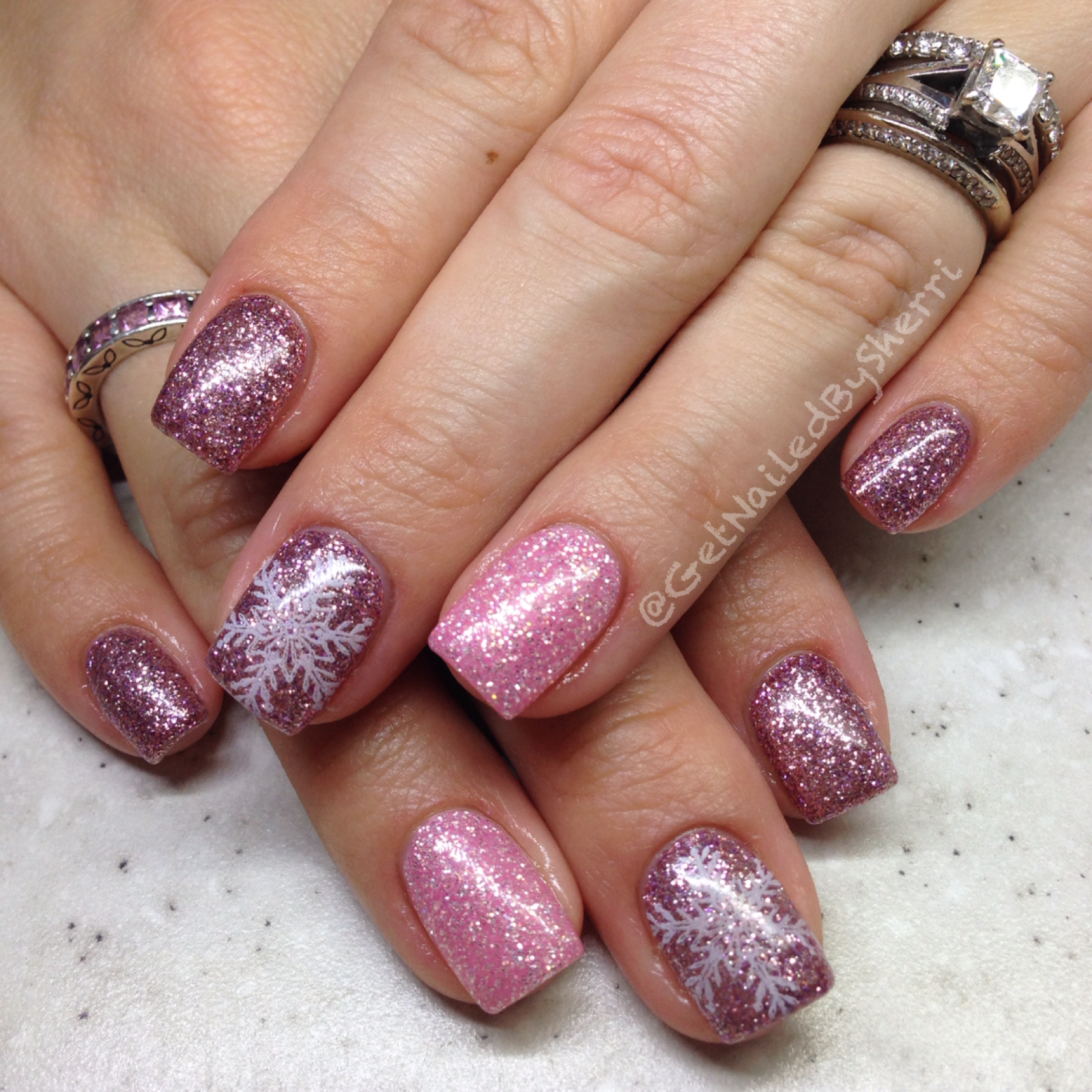 Nail Art Tutorial Foil Peppermint Candy Nails
