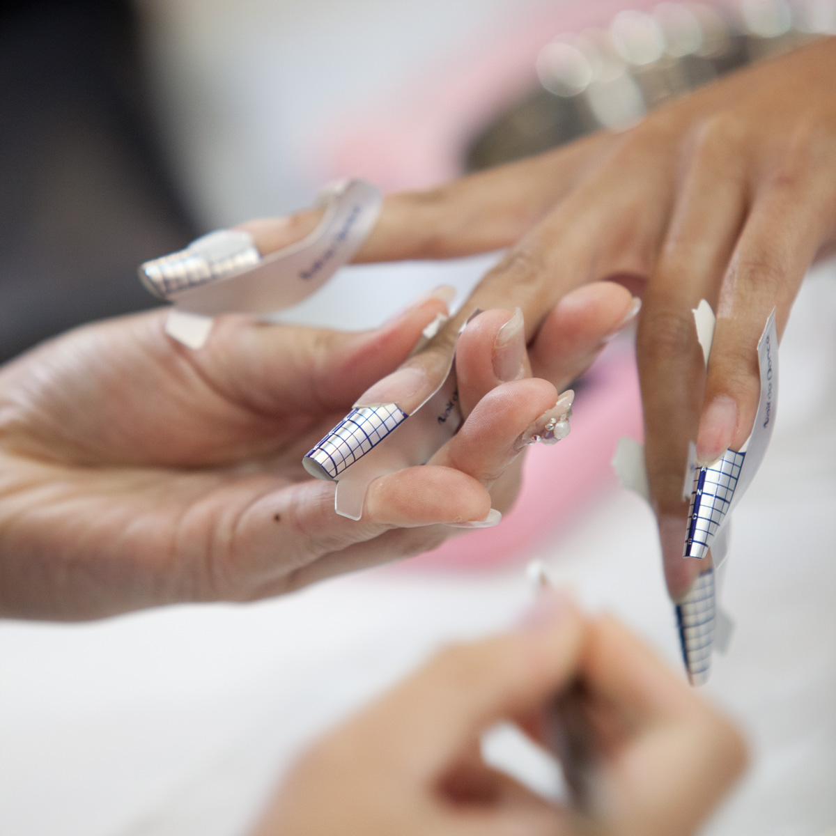 Find A Nail Technician: Top 10 Ways To Find Nail Tech Jobs