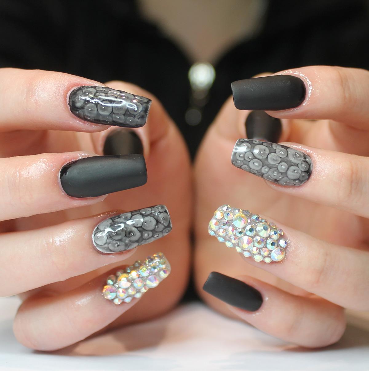 Nail art tutorial in gel