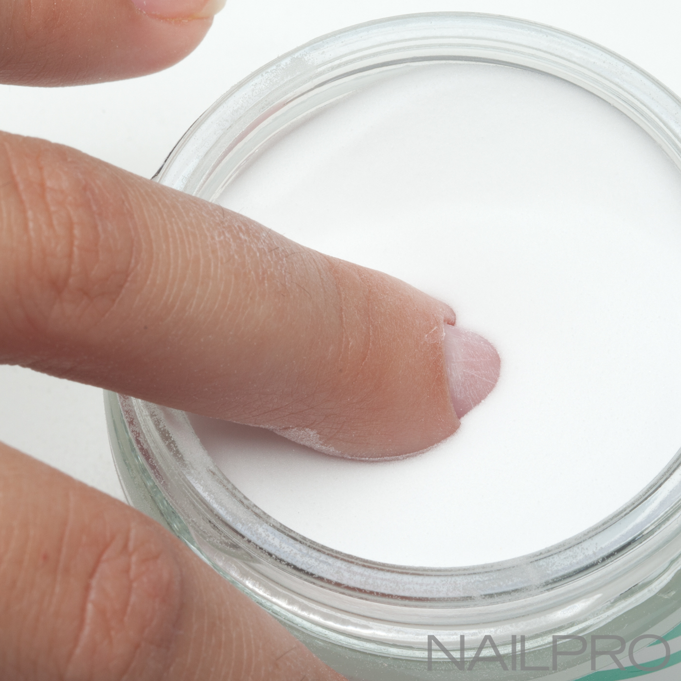 3 Ways to Convince Clients To Try Acrylic Dip Nails