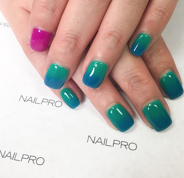 Pasadena 2018: Ombre Nails with LeChat Gelée System