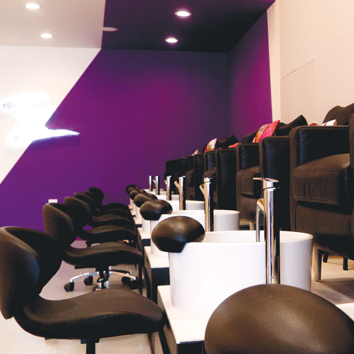 Savvy Salon: Dime Nails, Los Angeles