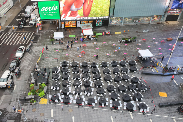 Live Events Coalition holds Empty Table Events in Times Square.
